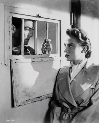 Audrey Totter with Robert Taylor in High Wall.